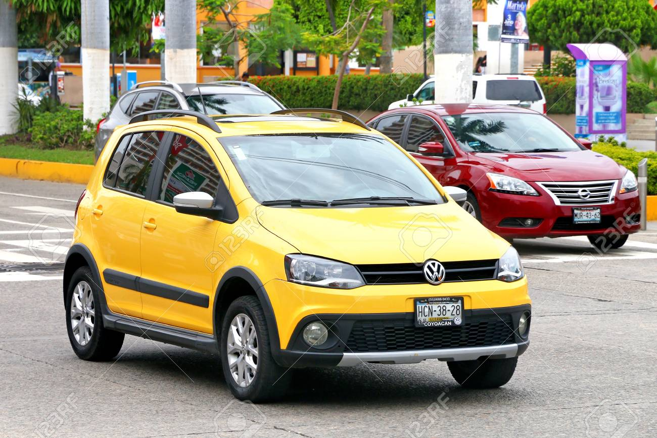 Acapulco Mexico July 30 2017 Motor Car Volkswagen Crossfox
