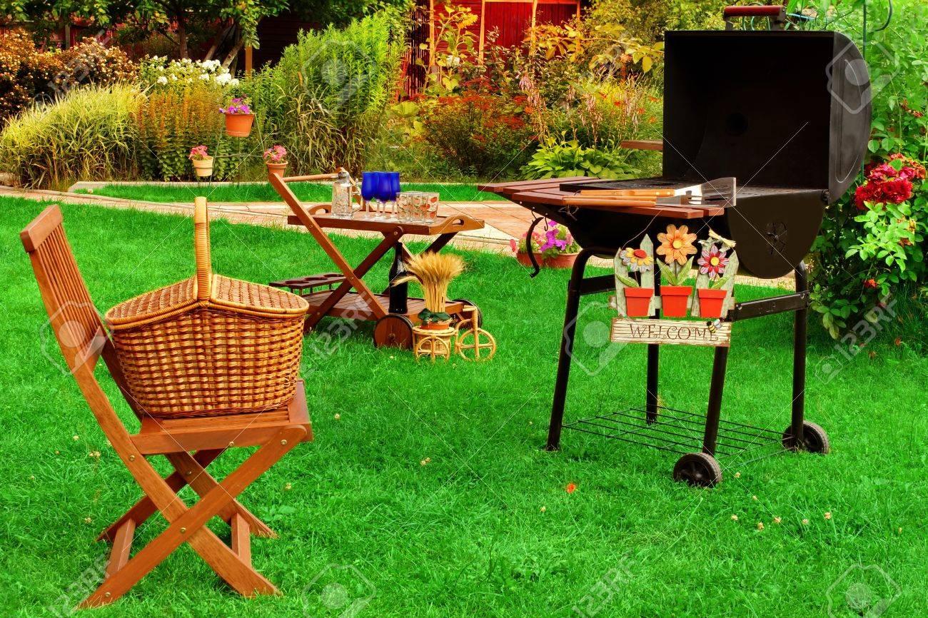 Garden Wooden Furniture Garden wooden furniture picnic hamper basket bbq grill sign garden wooden furniture picnic hamper basket bbq grill sign welcome wine glasses workwithnaturefo
