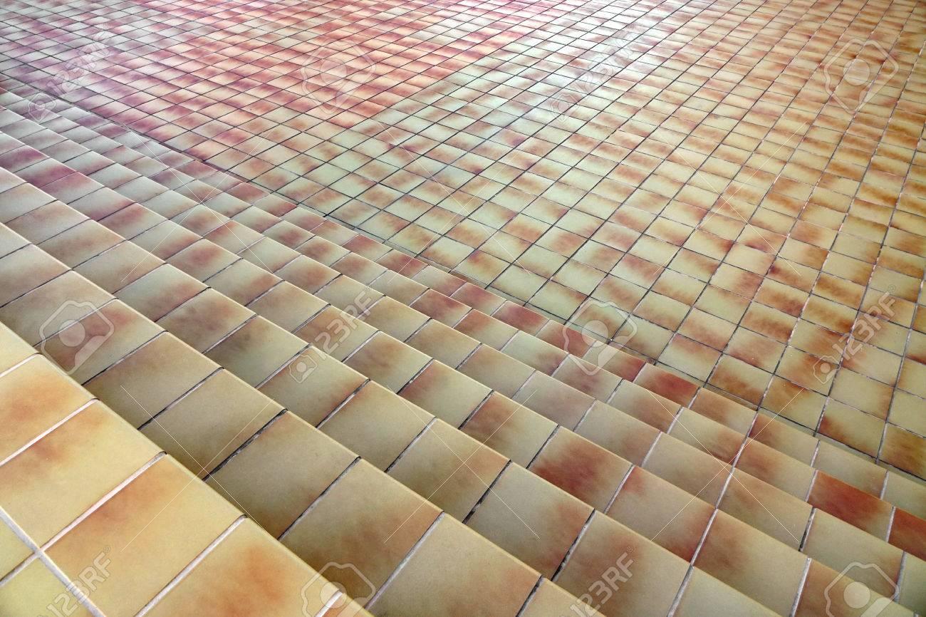Beige Brown Fliesen Oberflache Mit Treppenhaus Und Bodenbelag