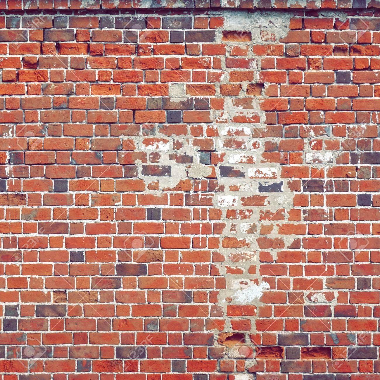 Mur En Brique Rouge texture carrée de vieux mur de brique rouge. fond de cadre de mur de  briques en détresse. surface grungy stonewall. mur d 'épave intérieur ou