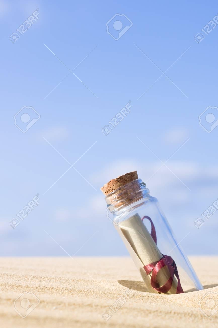 on wholesale cheap for sale new release Un mensaje en una botella - se puede utilizar como concepto de comunicación