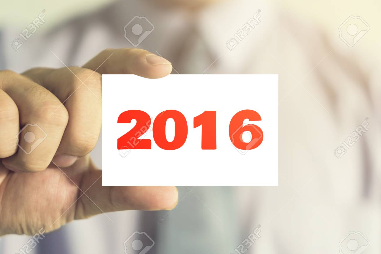 Homme Daffaires Montrant La Carte De Visite Avec Message 2016 Sur