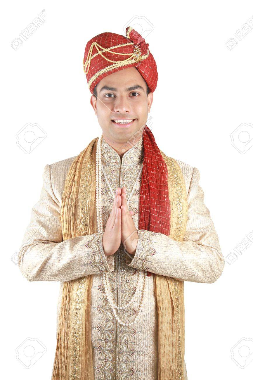 Indian in traditional clothes. Isolated on a white background. Stock Photo - 9108187