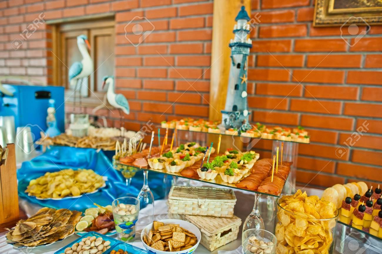 Essen Auf Hochzeitsfeier Lizenzfreie Fotos Bilder Und Stock