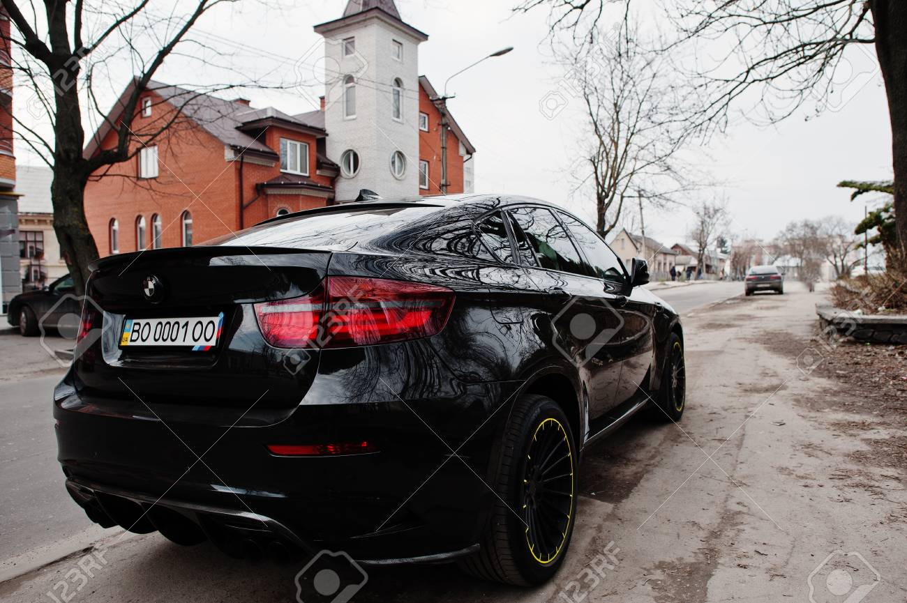 Kiev Ukraine March 22 2017 Black Bmw X6 M Performance At