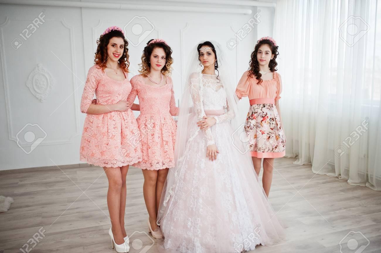 Vistoso Vestidos De Novia Damas Adorno - Colección de Vestidos de ...