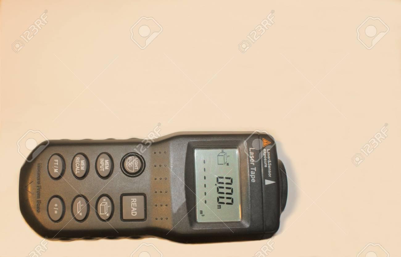 Laser Entfernungsmesser Leihen Baumarkt : Entfernungsmesser laser leica disto