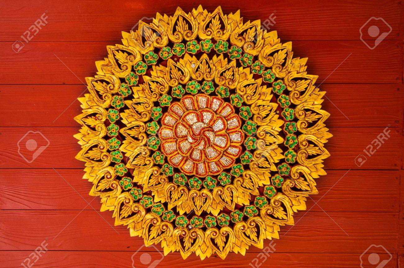 Ceiling at Thai temple in Chang Rai province Stock Photo - 14259596