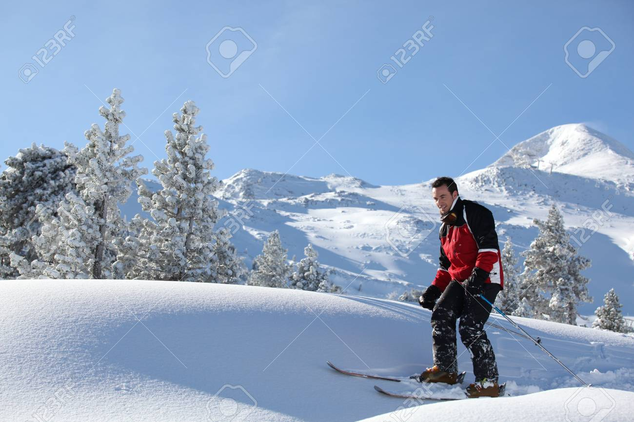 Man cross-country skiing Stock Photo - 10747204