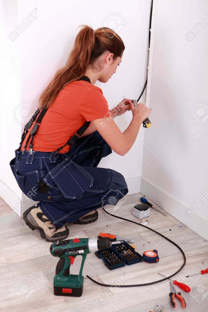 Großzügig Installing Electrical Wiring Ideen - Schaltplan Serie ...