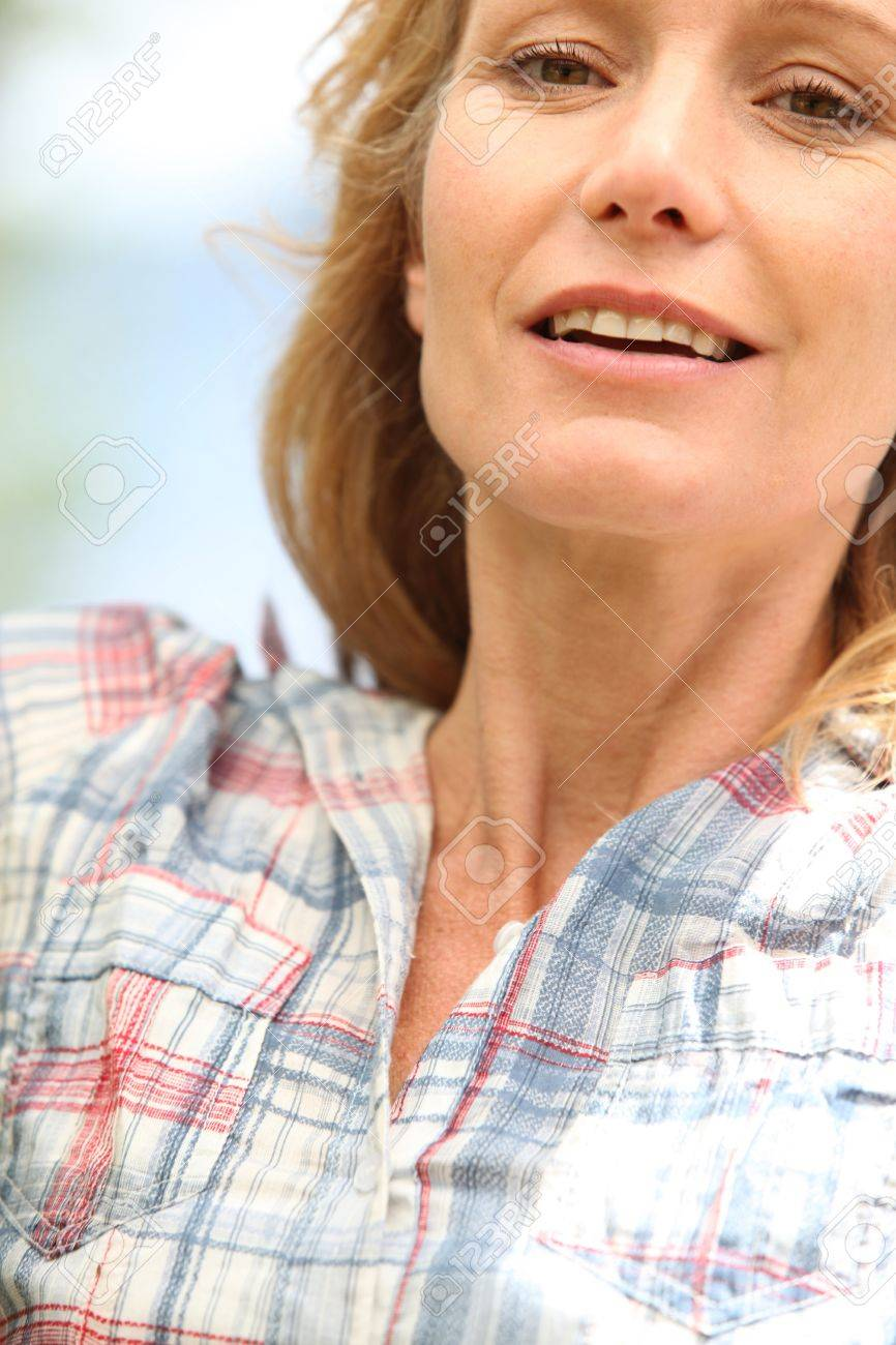Closeup of a woman in her thirties Stock Photo - 11913508