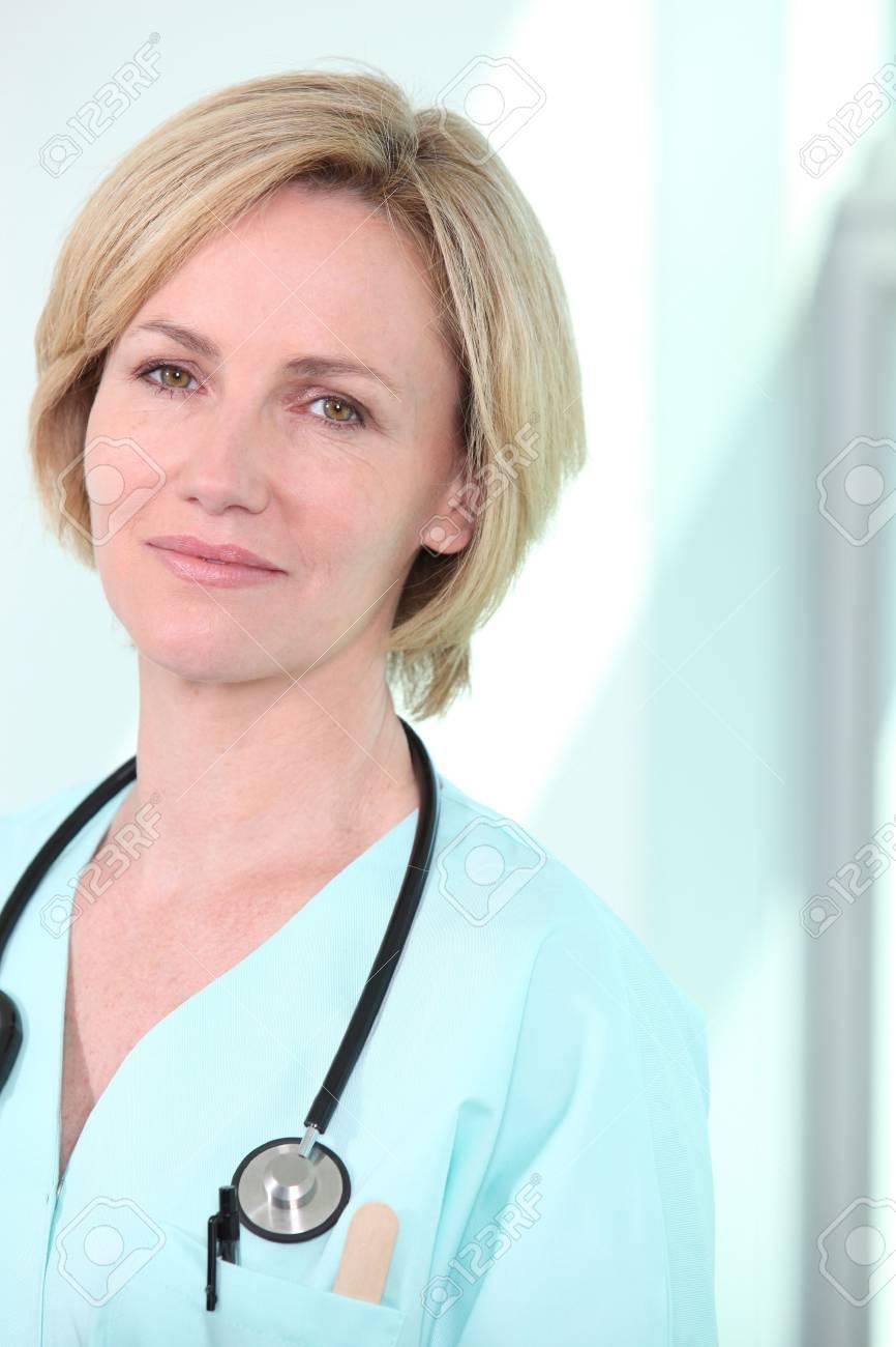Female nurse with stethoscope around neck Stock Photo - 12006303