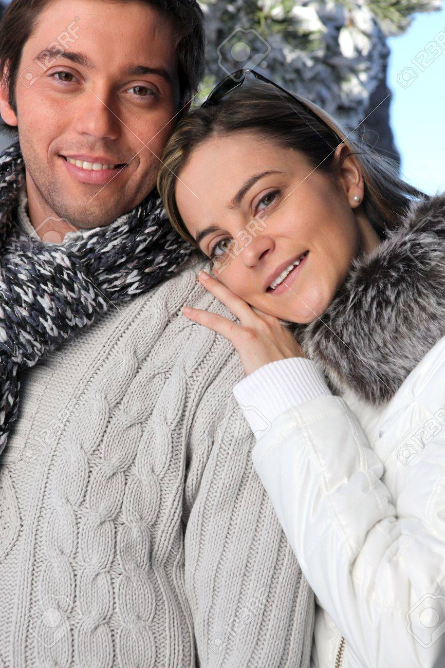 Couple wearing winter clothing Stock Photo - 14154396