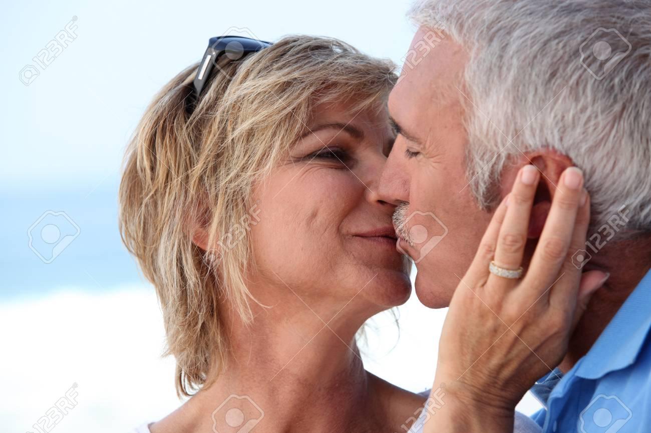 Couple kissing Stock Photo - 14214063