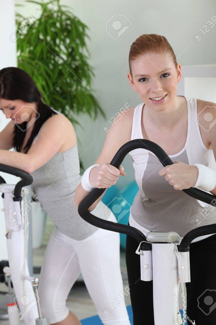 Women at the gym Stock Photo - 14208932