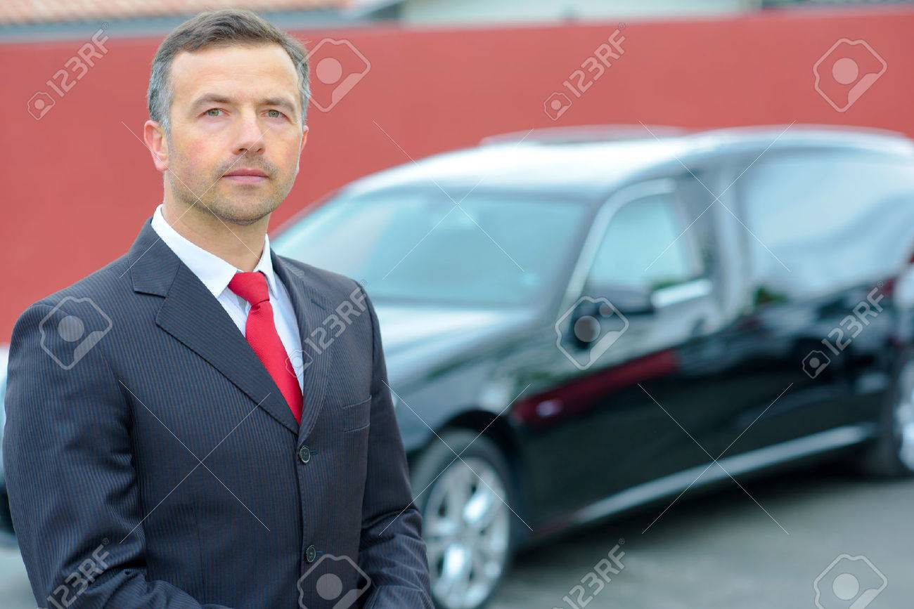 limousine and hearse driver Banque d'images - 52979522