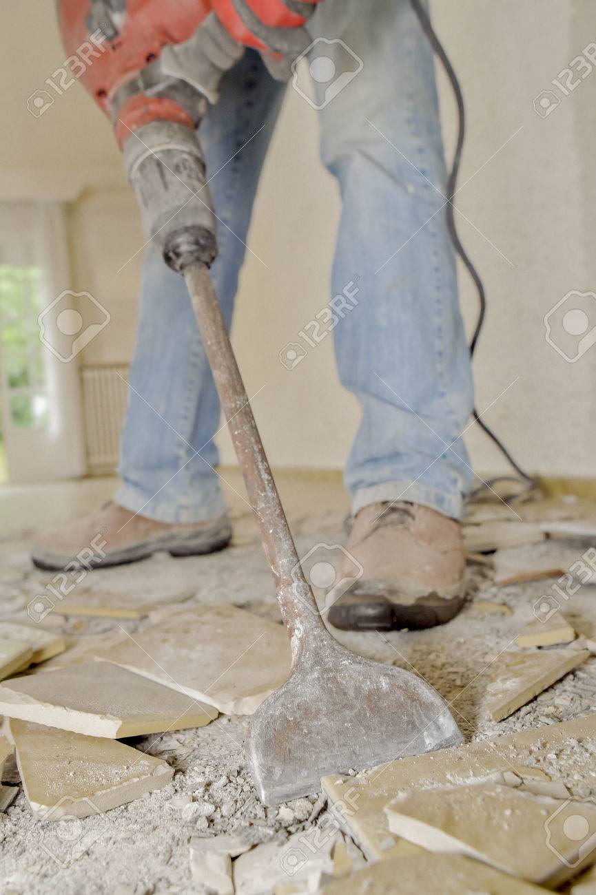 Builder using kango hammer