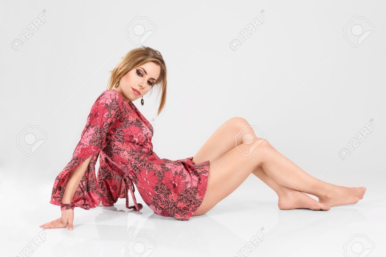 Pictures of beautiful women in short dresses