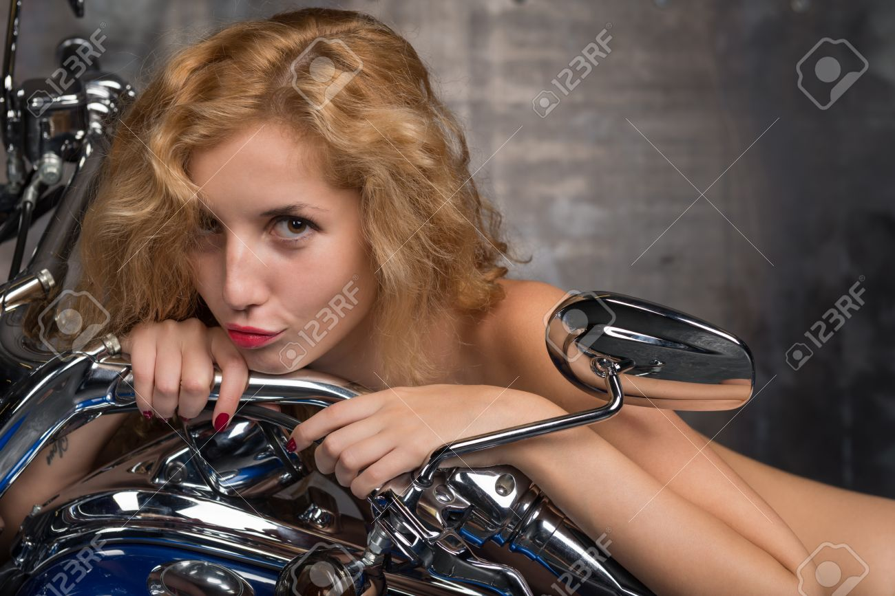 Nude motorcycle girls photos