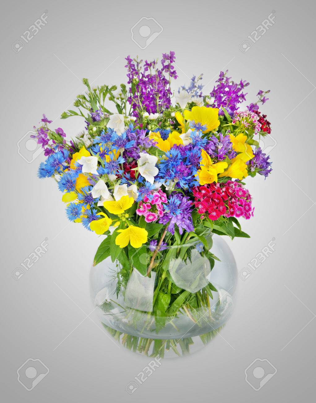 Beautiful wild flowers bouquet in vase beautiful wild flowers bouquet in vase 23769437 izmirmasajfo