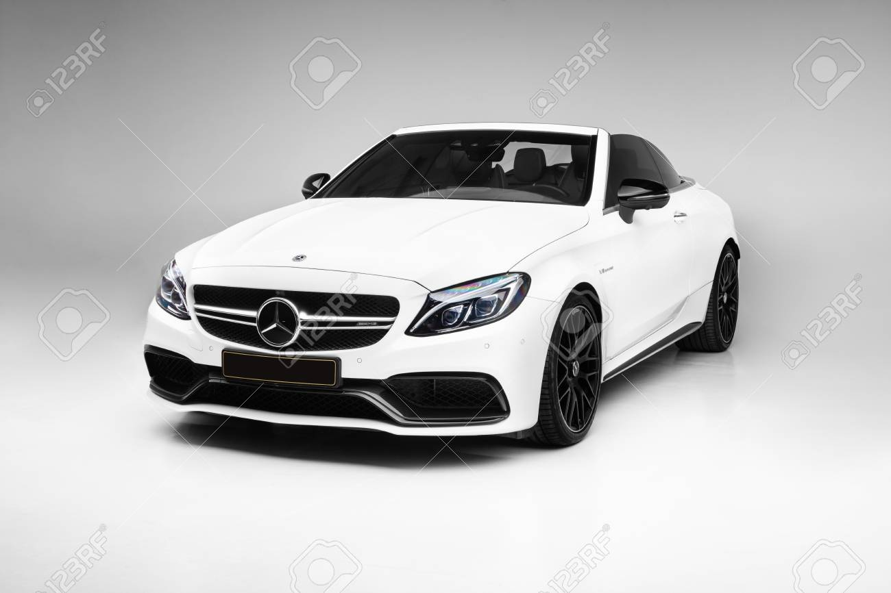 White Mercedes Benz >> 2018 Mercedes Benz C63 S Amg Cabriolet With White Background
