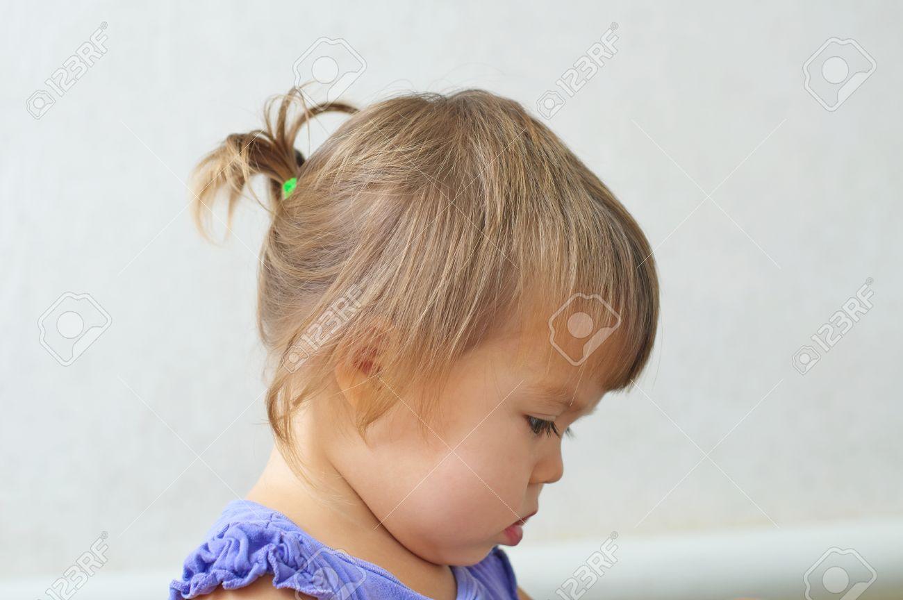 Kind Mädchen Erste Frisur Kleine Pferdeschwanz Profil Des Babys