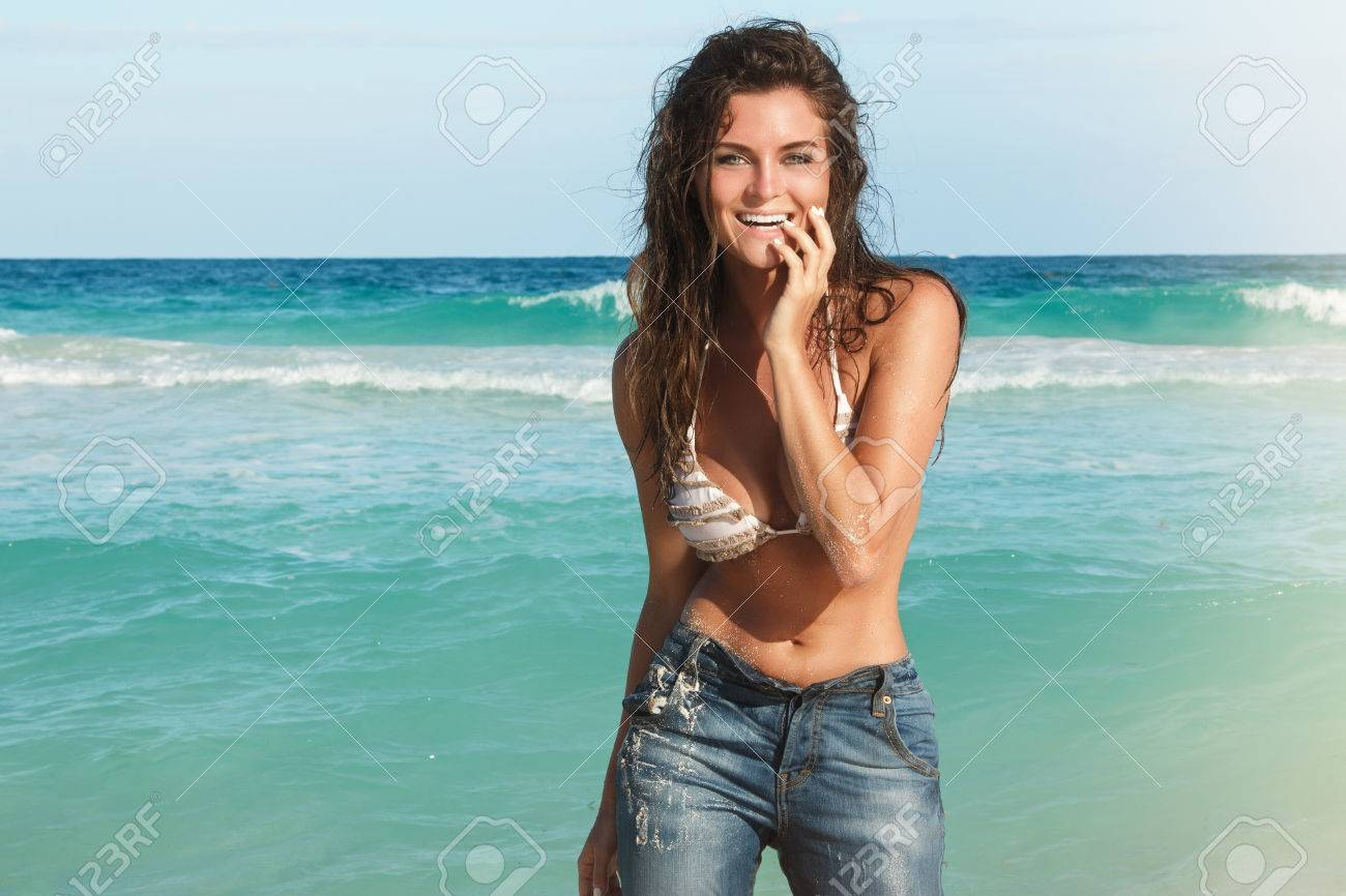 Fucking Clit Girl Photo Jeans Beach