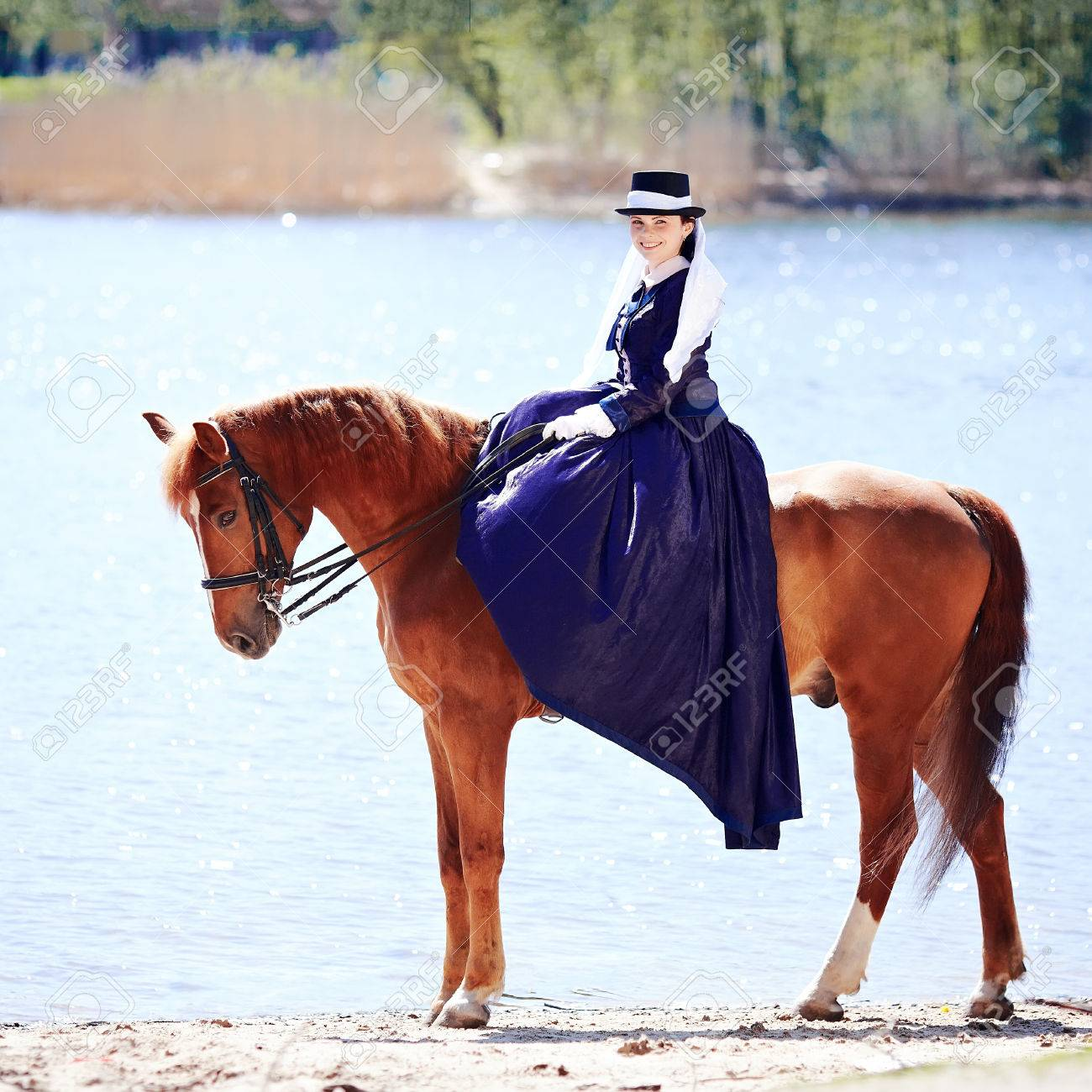 lady on a horse the lady on riding walk the woman astride a horse