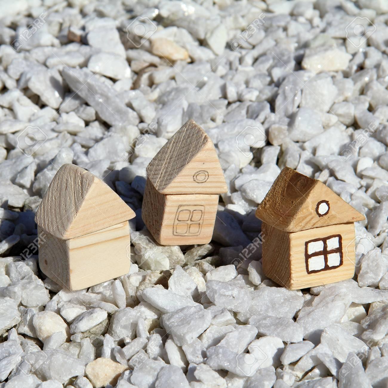 L Idée D Une Petite Maison En Bois à Divers Stades De Préparation Construction Individuelle