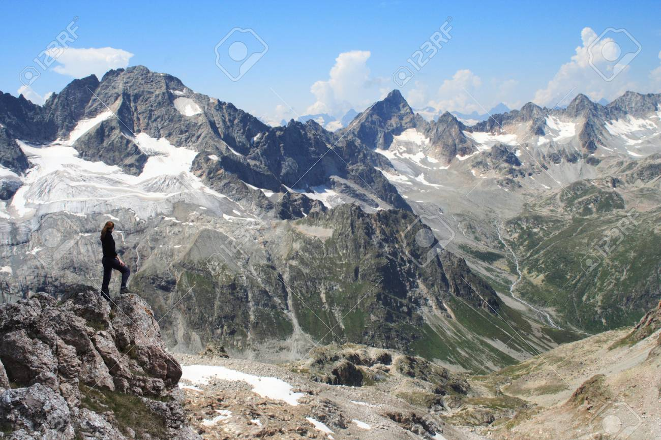 girl standing at the edge of rock Stock Photo - 2262146