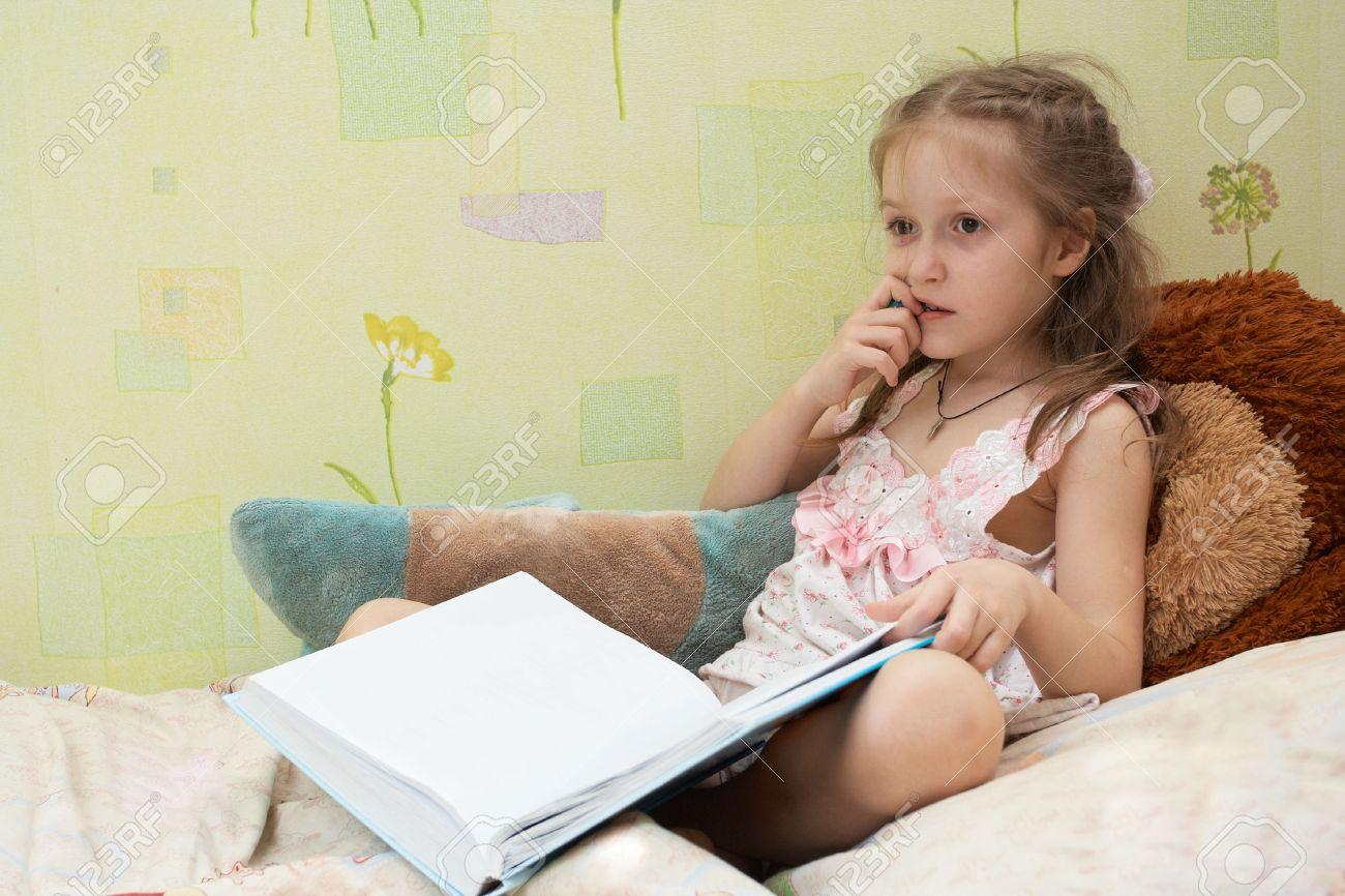 Посмотрела у брата писю, Пися сестры привлекла молодого брата 17 фотография
