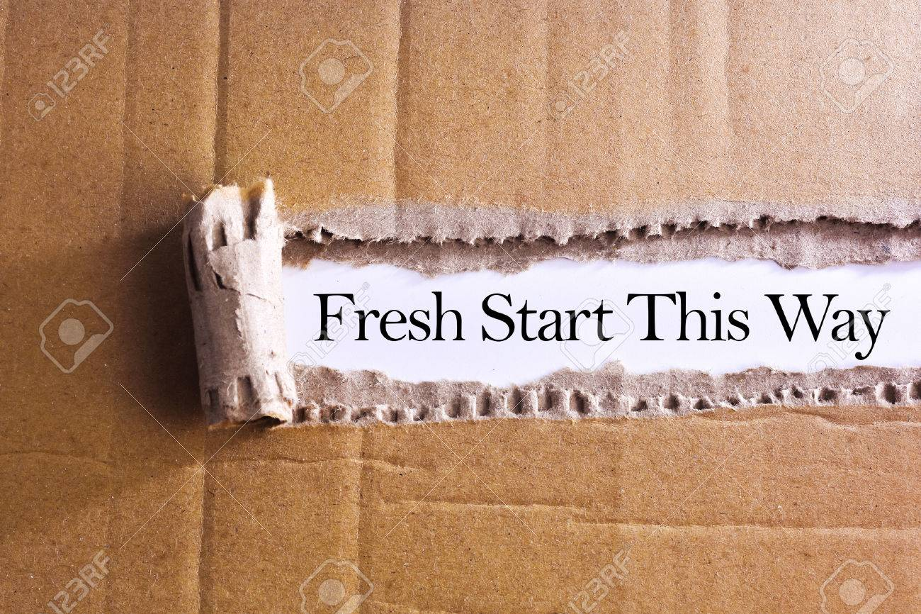 Torn paper box with word Fresh start this way - 47353519