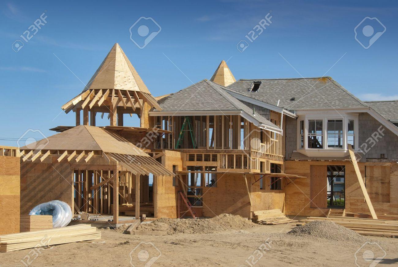 Adición De Casa En Construcción Con Estructura De Madera ...