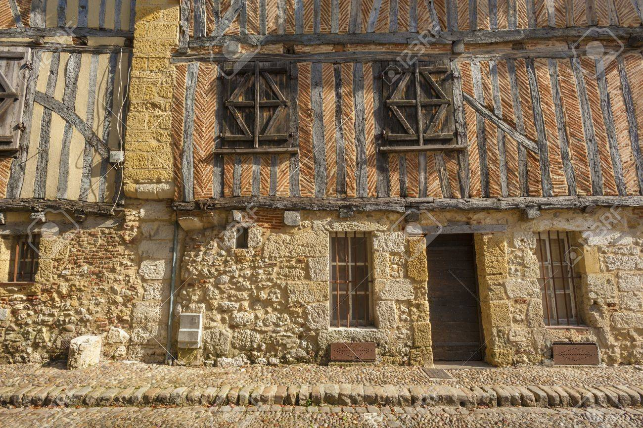 Medieval house facade in Bergerac, France Stock Photo - 16154797