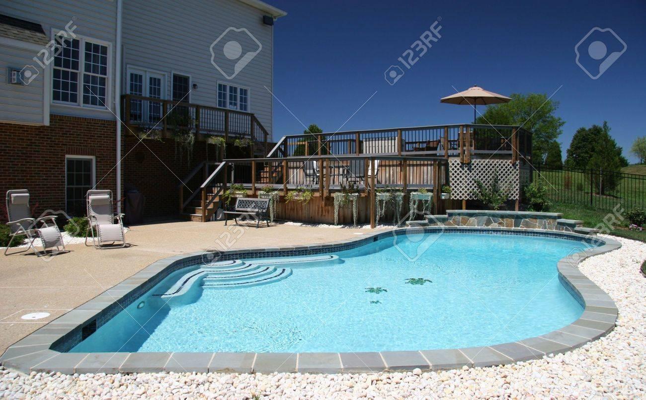 Backyard Pool In ear Of Modern House In Suburbs Stock Photo ... - ^