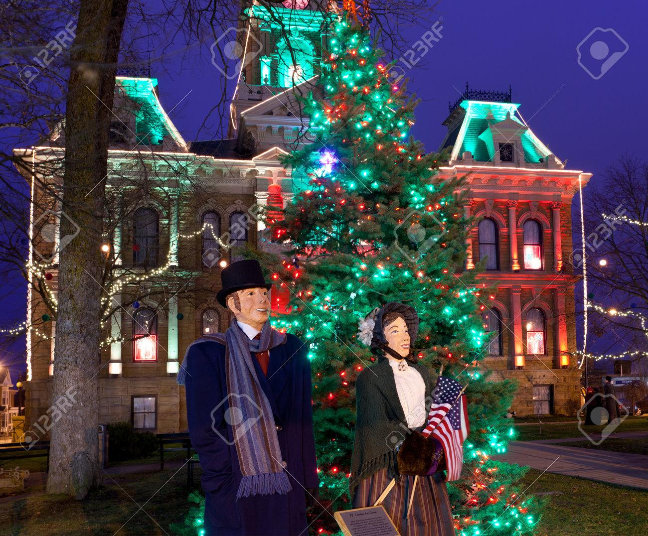CAMBRIDGE, OHIO - NOVEMBER 24: Christmas Lighting On The Old.. Stock ...