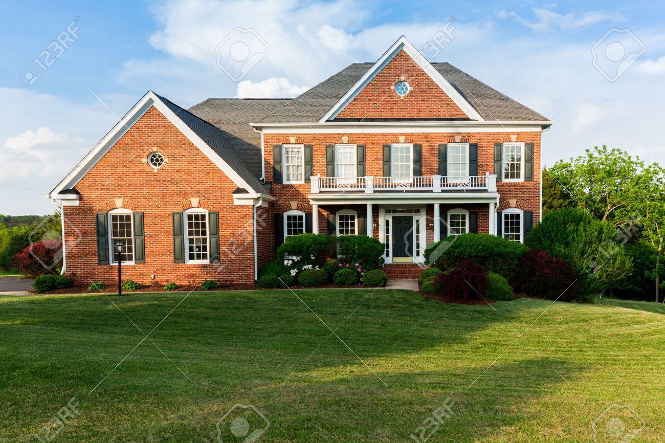 Favori Façade De Maison Et Garage De Grande Maison Américaine Moderne  QQ94