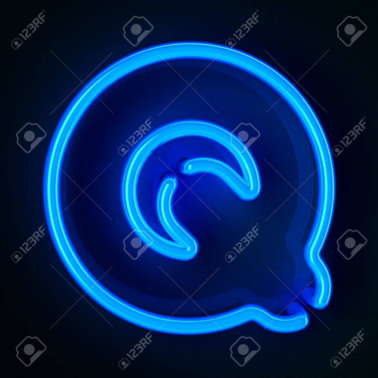 Highly detailed neon sign with the letter Q Stock Photo - 12179449