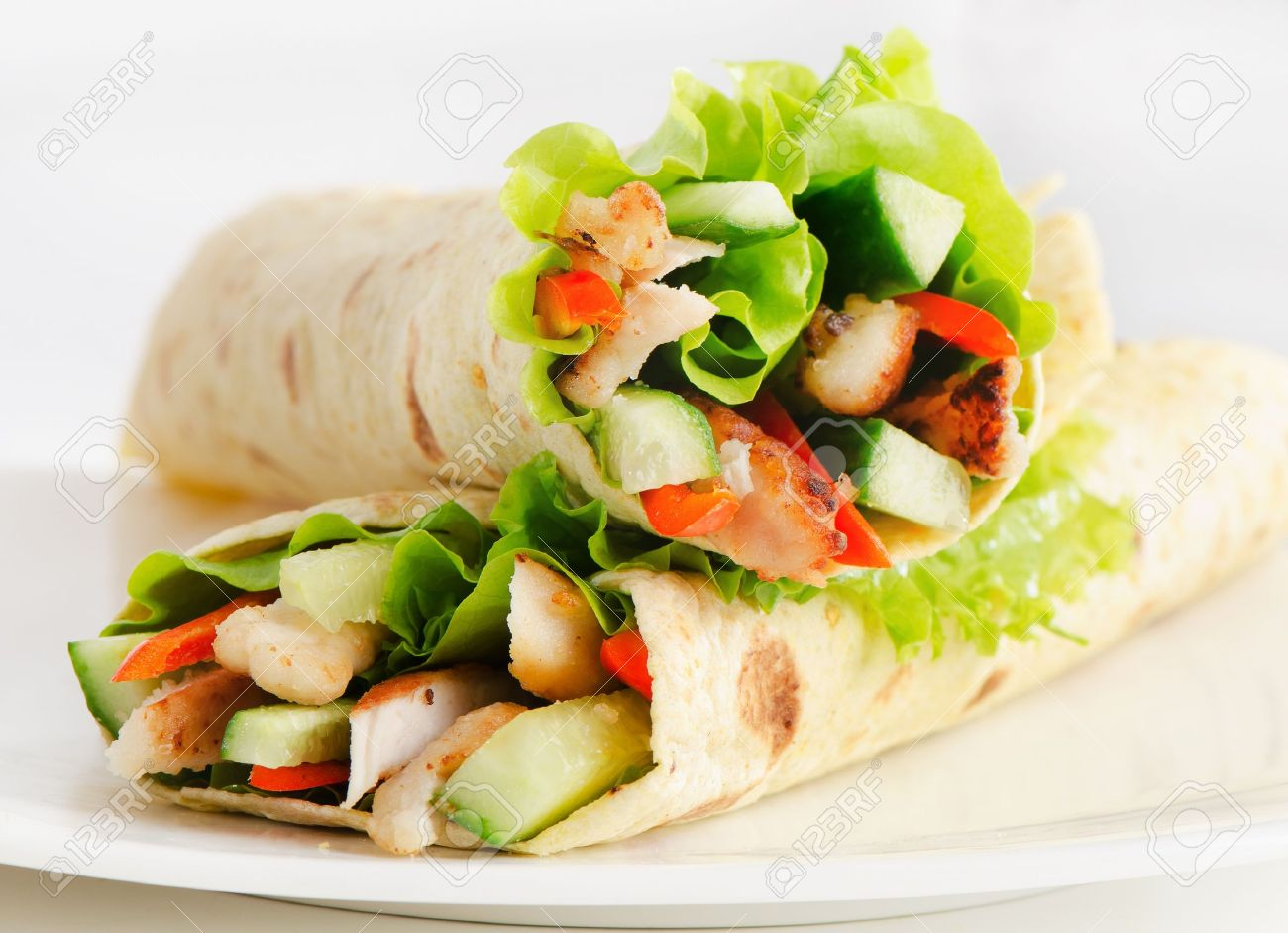 tortilla wraps with chicken  and fresh vegetables Stock Photo - 18721644