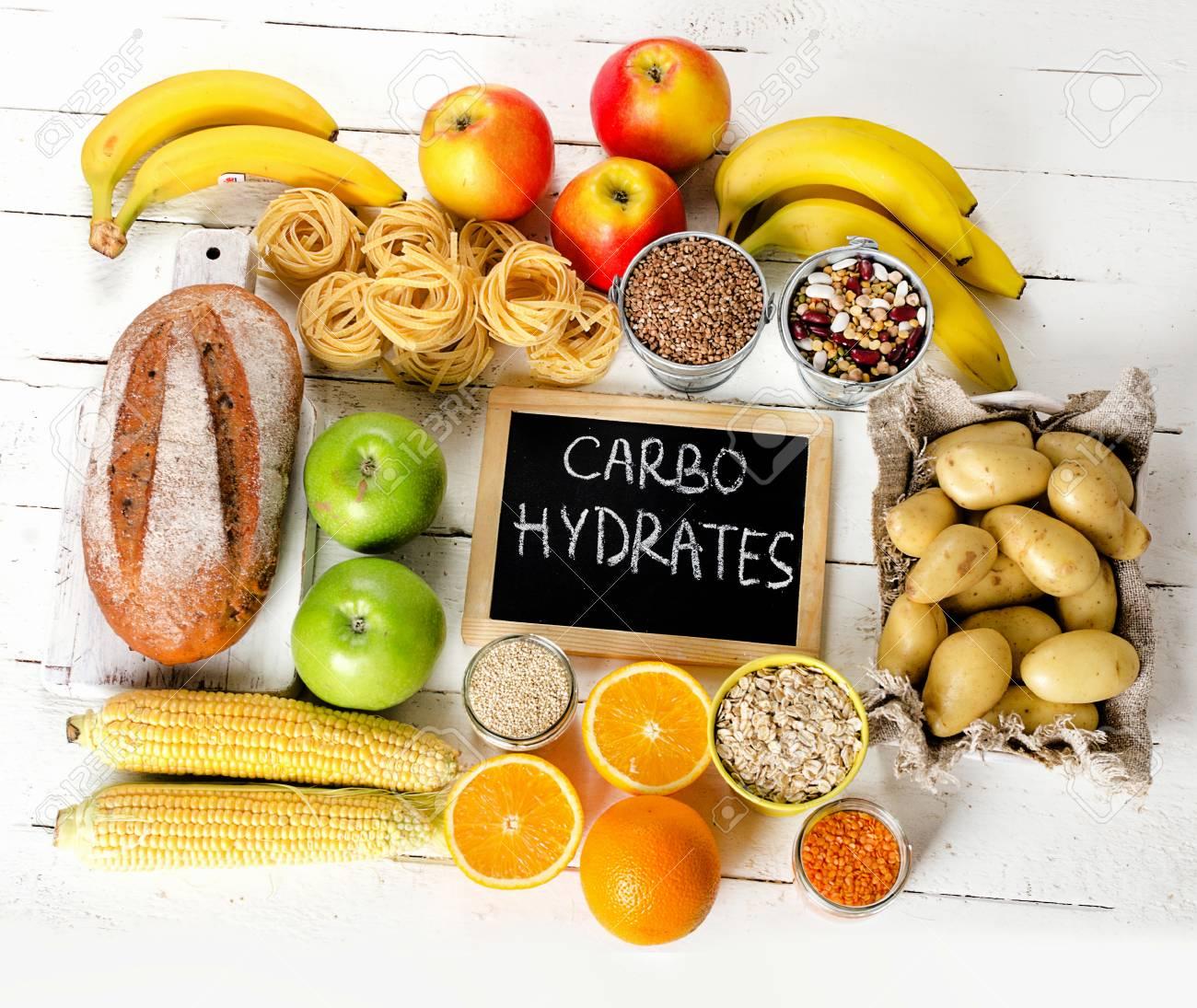 alimenti più alti in carboidrati. concetto di mangiare dieta sana