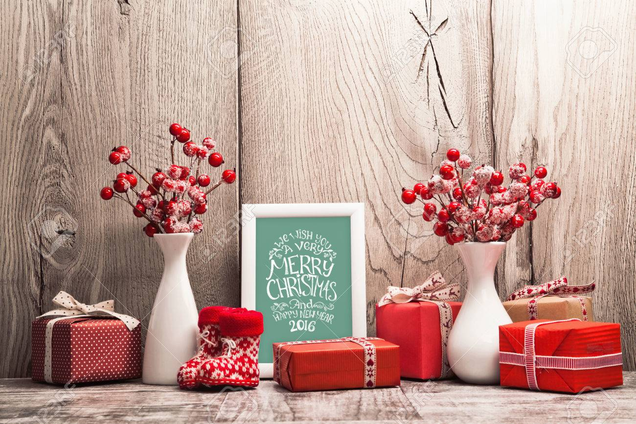 Christmas background with gifts and Christmas balls. Frame with congratulatory text Standard-Bild - 48625091