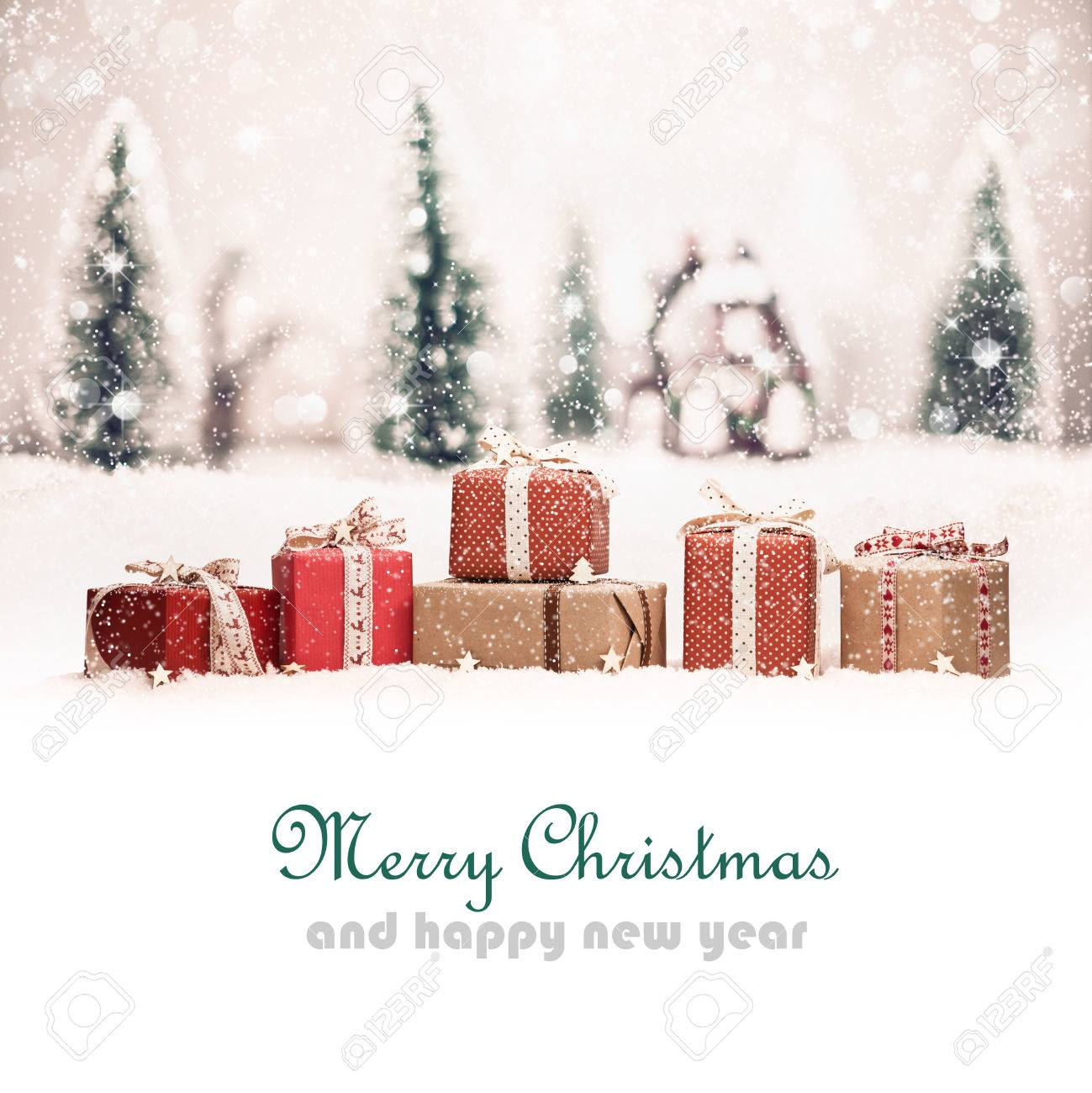 Christmas landscape with gifts and snow. Christmas background Standard-Bild - 49156671