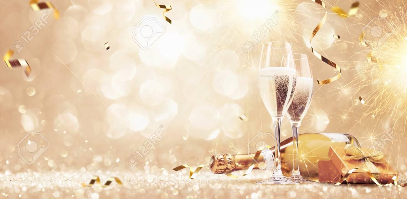 New years eve celebration background - 85088708