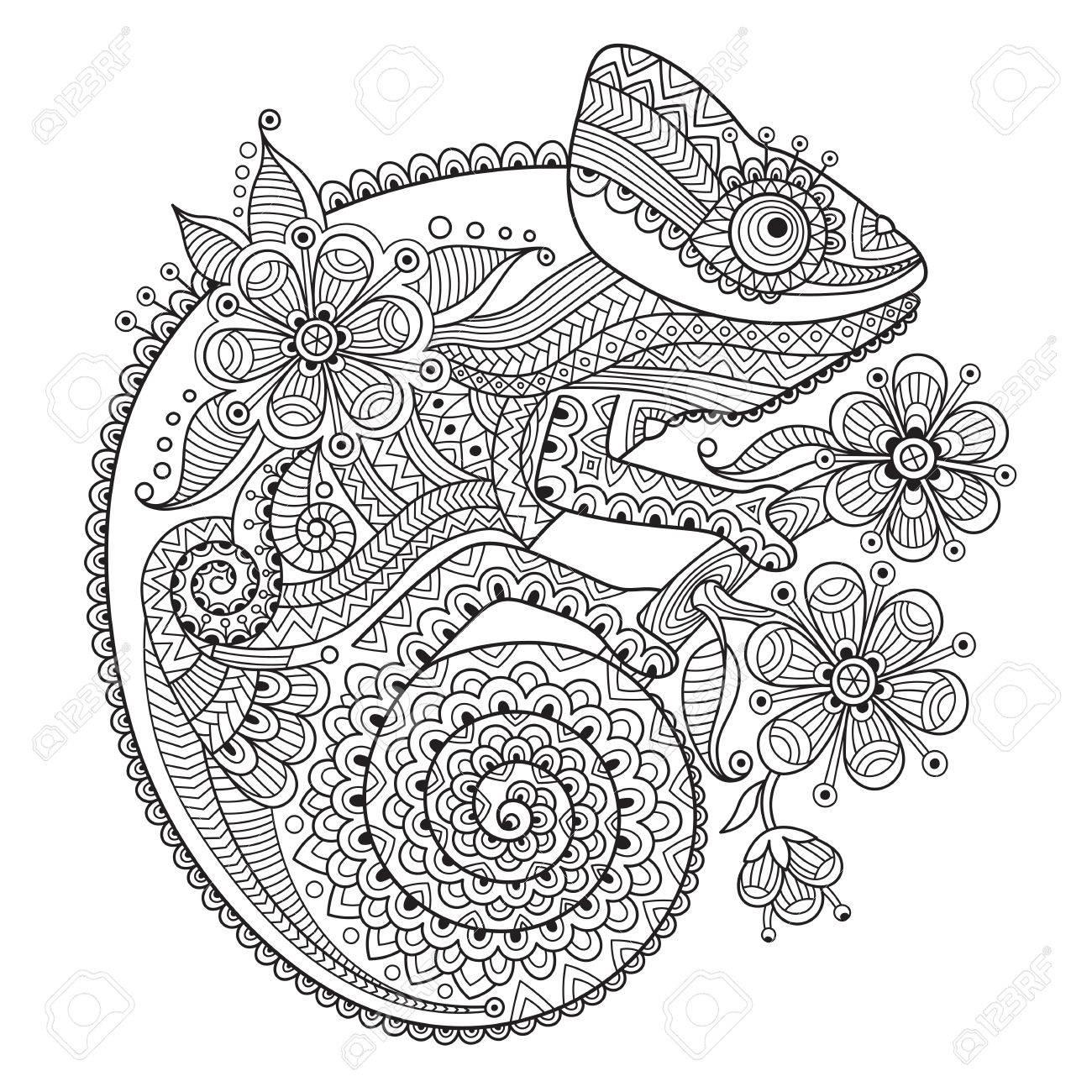 Vettoriale In Bianco E Nero Illustrazione Vettoriale Con Un Camaleonte In Modelli Etnici Puo Essere Utilizzato Come Colorante Antistress Per Adulti E Bambini Image 66068413