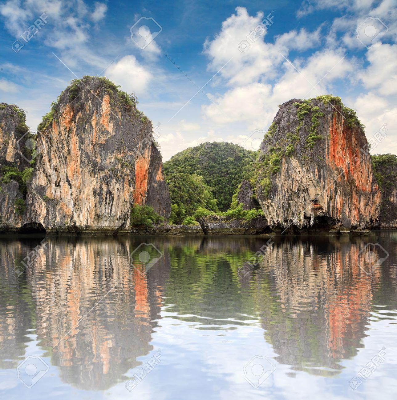 Beautiful islands at ocean, Thailand Stock Photo - 9797439