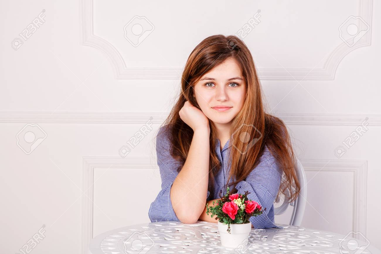 Beautiful woman with long straight hair Stock Photo - 18748658