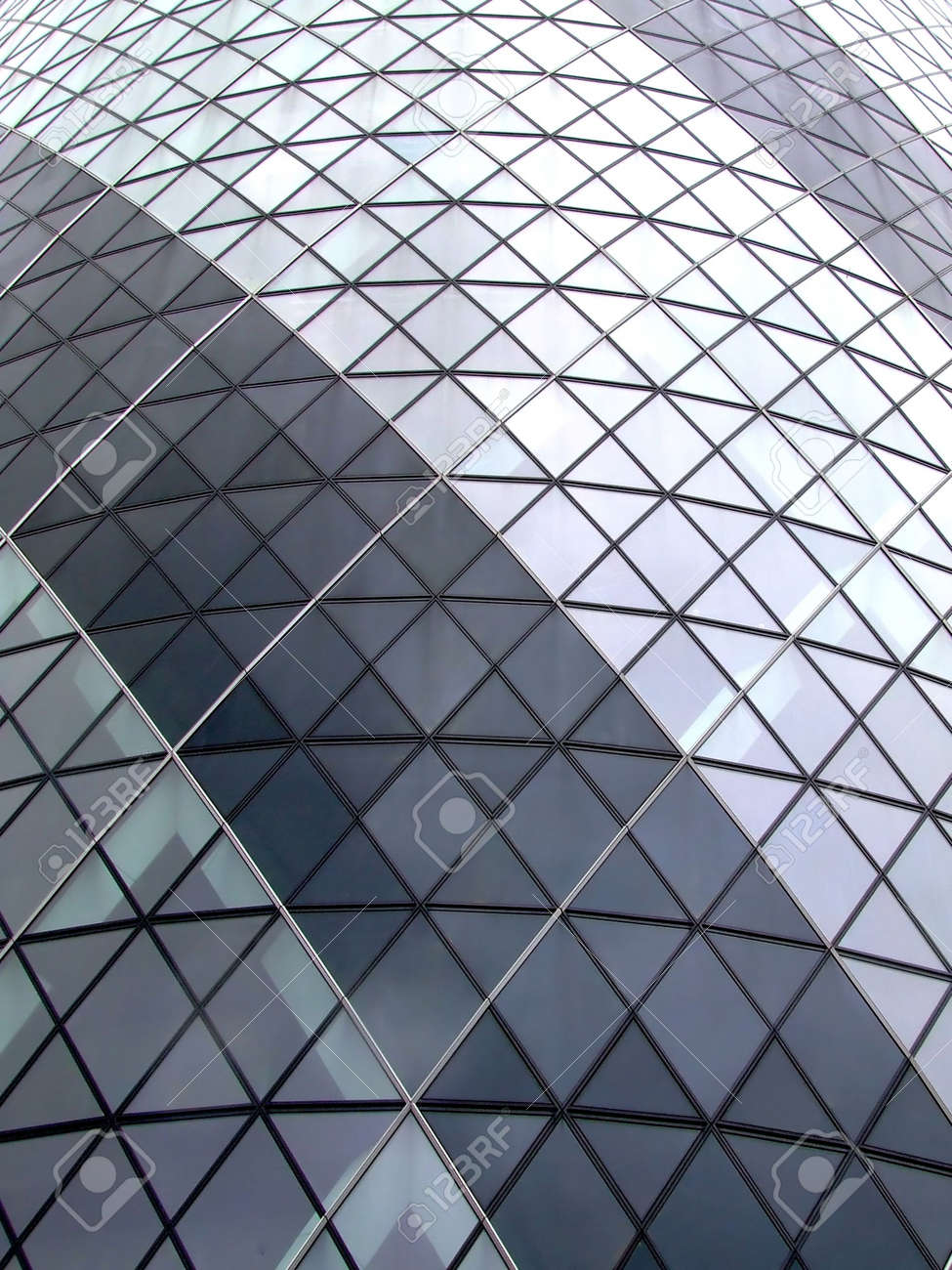 Glasfassade textur  Dreieckige Glasfassade Textur Lizenzfreie Fotos, Bilder Und Stock ...