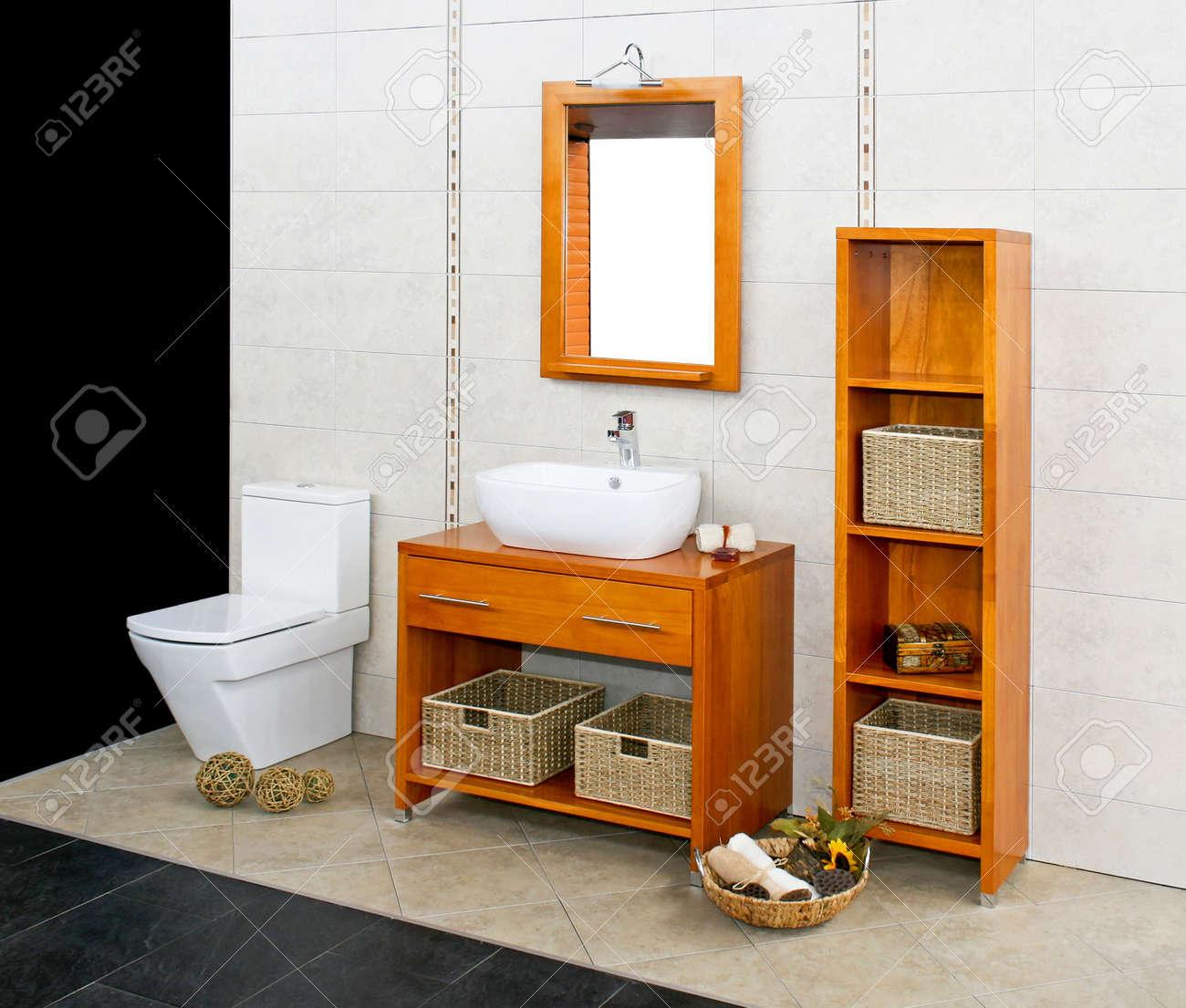 Big cuarto de baño con estilo natural muebles de madera