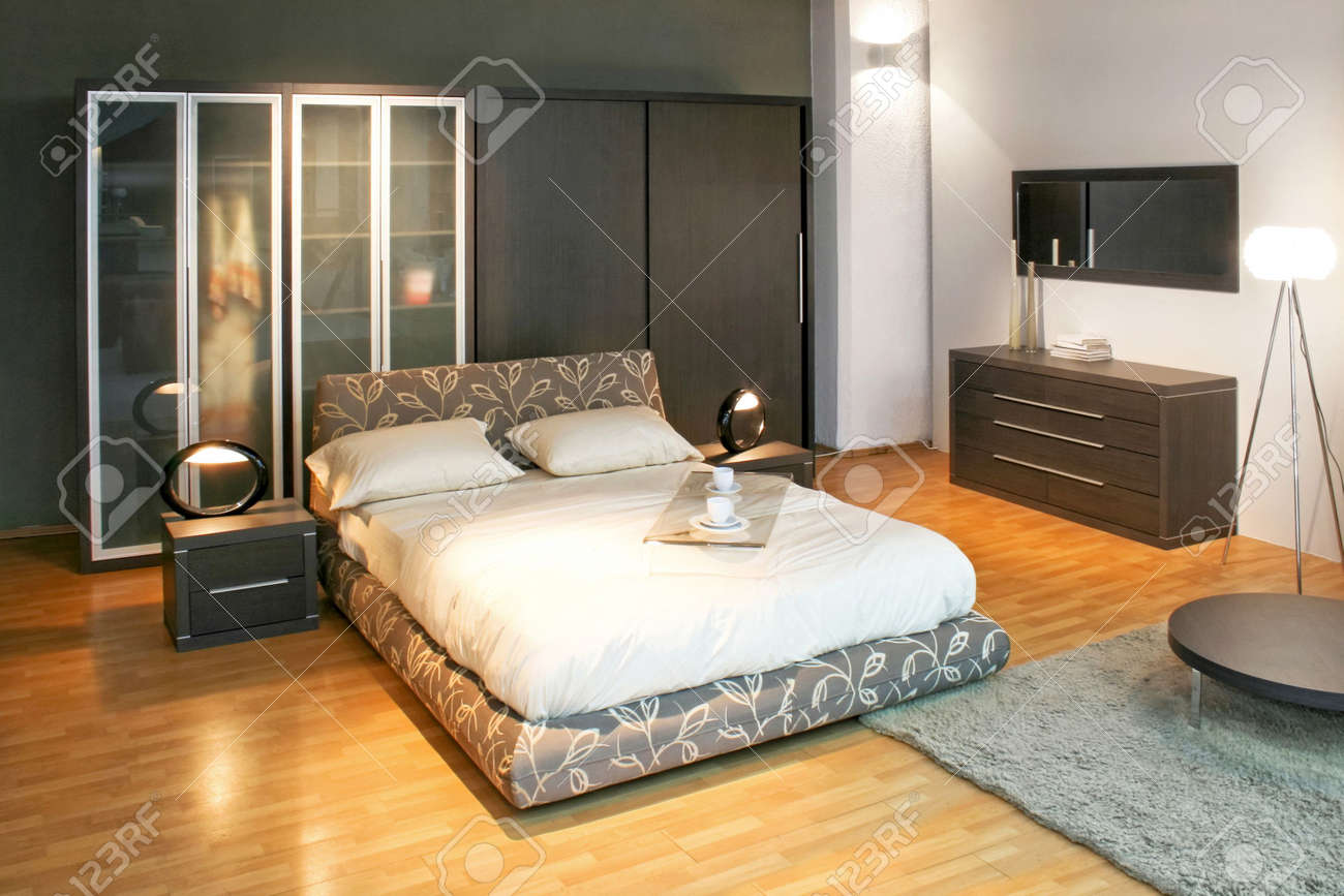 Modern double bed and big wardrobe closet Stock Photo - 3180582