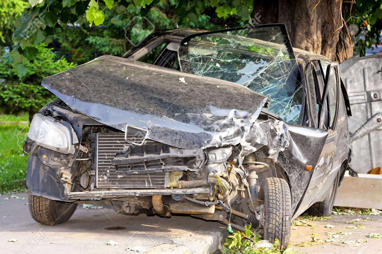 Fatal car accident with head on collision Stock Photo - 5800222